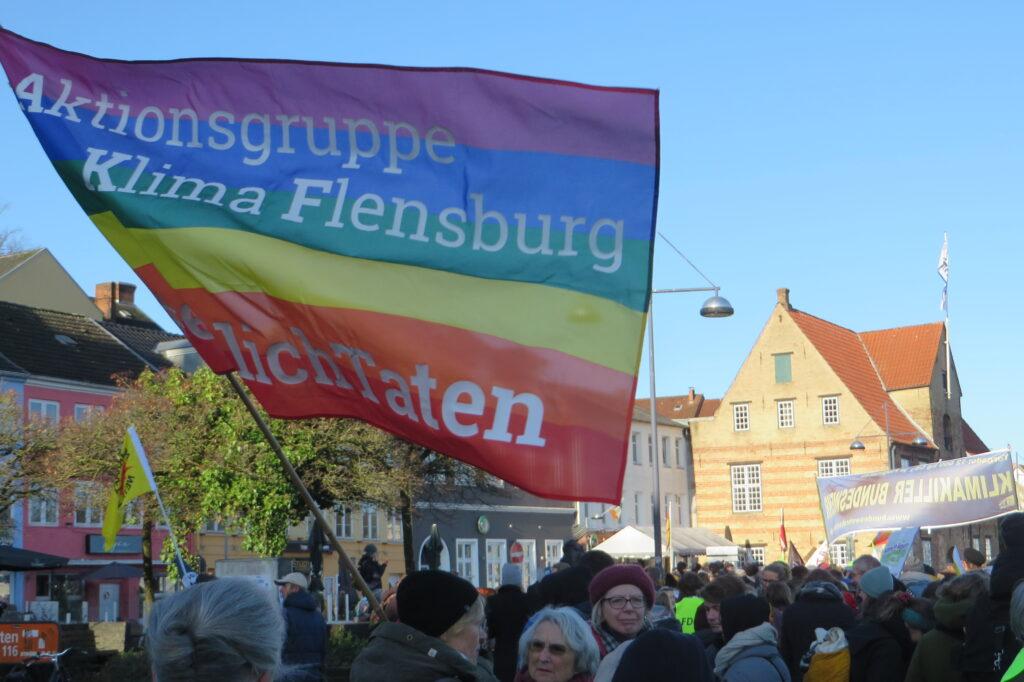 AKF Aktion mit Fahne